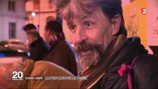 Eric, un sans-abri parisien de 60 ans, dans un reportage de France 2, le 7 janvier 2016. (FRANCE 2)