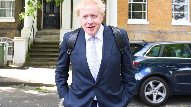 Boris Johnson, à la sortie de domicile, à Londres (Royaume-Uni), le 28 mai 2019. (DANIEL LEAL-OLIVAS / AFP)