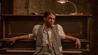 "Chadwick Boseman dans ""Le Blue de Ma Rainey"" (© DAVID LEE © 2020 NETFLIX, INC.)"