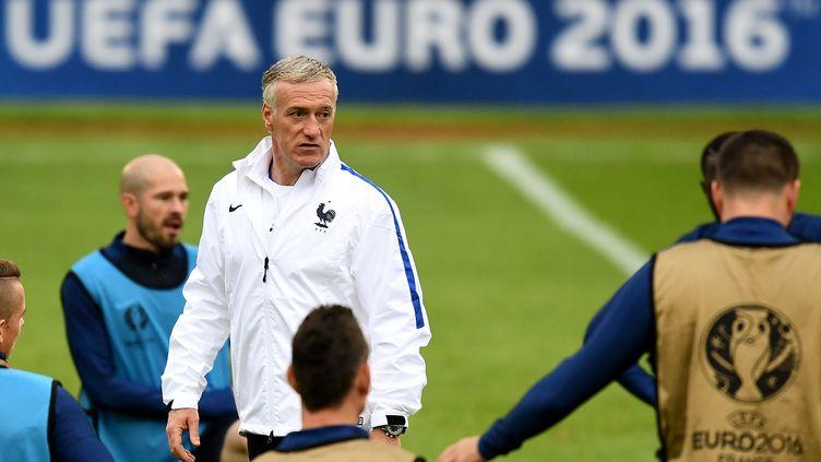 Didier Deschamps à l'entraînement avant France-Suisse (FRANCK FIFE / AFP)