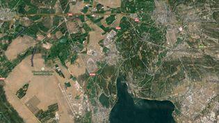 Capture d'écran d'une Google Map pointant la ville de Miramas (Bouches-du-Rhône) où des individus ont dérobé du matériel sur un site de dépôt de munitions de l'armée de terre. (GOOGLE MAPS)