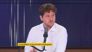 Julien Bayou était l'invité de franceinfo vendredi 9 juillet. (FRANCEINFO / RADIOFRANCE)