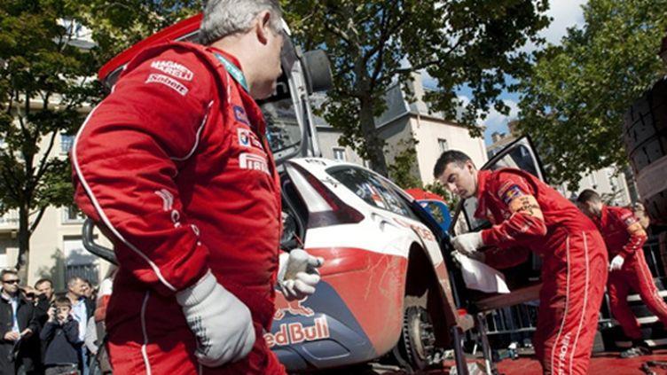 L'assistance de Citroën s'active à Mulhouse (SEBASTIEN BOZON / AFP)