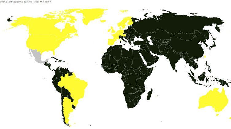 26pays ont légalisé le mariage homosexuel dans le monde (ici en jaune). (CHADI ROMANOS/ RADIOFRANCE)