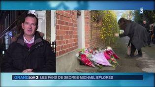 Alban Mikoczy en direct de Londres, où les fans déposent des fleurs devant le domicile de George Michael (FRANCE 3)