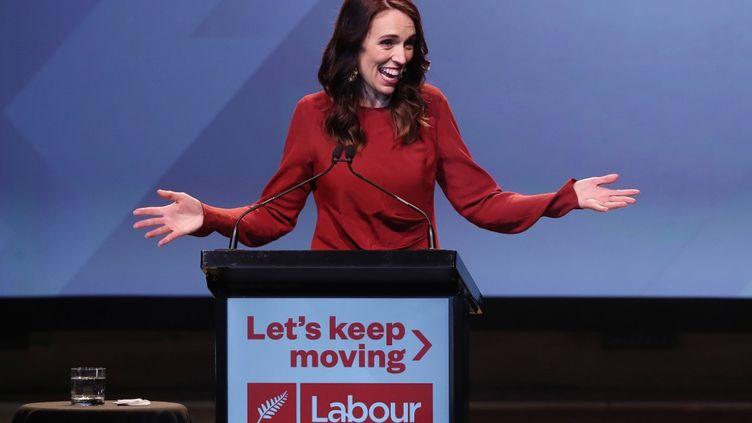 La Première ministre Jacinda Ardern à Auckland, en Nouvelle-Zélande, le 16 octobre 2020. (MICHAEL BRADLEY / AFP)