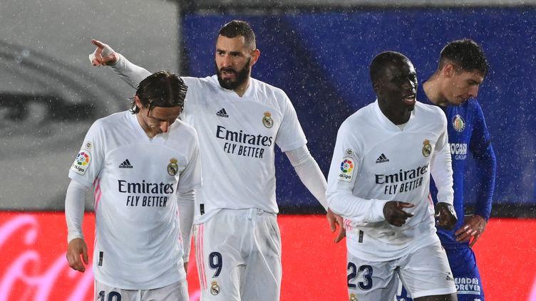 Le Real Madrid s'est imposé grâce à ses Français (GABRIEL BOUYS / AFP)