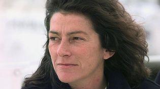 Florence Arthaud, le 17 avril 1998, à Lorient (Morbihan). (VALERY HACHE / AFP)