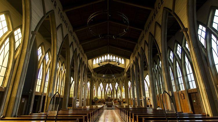 La cathédrale d'Osorno (Chili). L'évêque d'Osorno, Juan Barros, est accusé d'avoir couvert des cas d'abus sexuels. (FERNANDO LAVOZ / NURPHOTO / AFP)