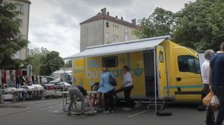Dreux : un bus santé pour informer les habitants (France 2)