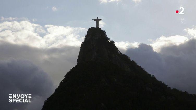 Brésil, Dieu a voté ! (COMPLÉMENT D'ENQUÊTE / FRANCE 2)