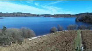 Le lac de Vassivière entre quiétude et sensations fortes (FRANCE 2)