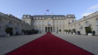 La cour de l'Elysée, le 15 mai 2012. (ERIC FEFERBERG / AFP)