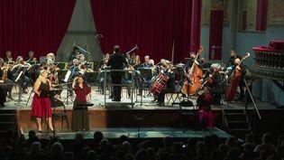 Opéra : Montpellier expérimente des gilets vibrants pour les sourds ou malentendants (FRANCE 3)