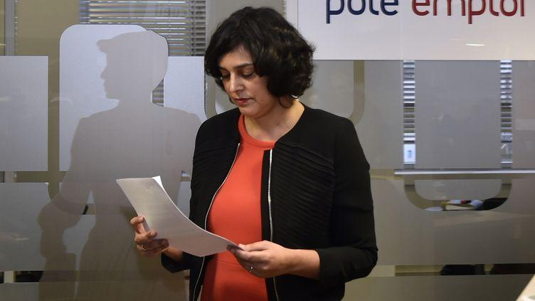 La ministre du Travail, Myriam El Khomri, mercredi 24 février 2016, dans un centrePôle emploi de Saint-Ouen. (DOMINIQUE FAGET / AFP)