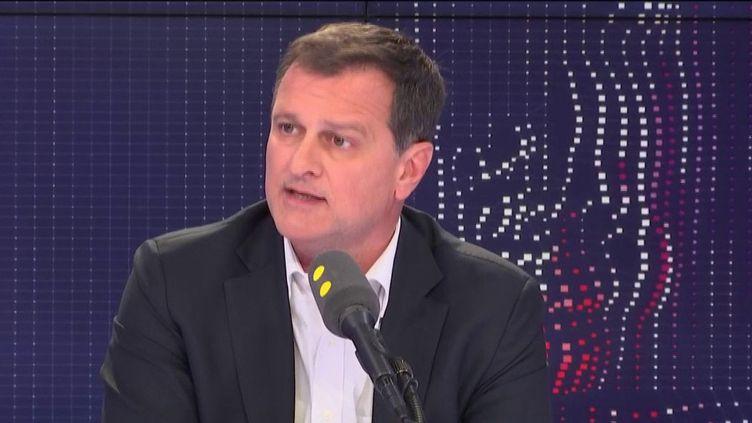 Louis Aliot,maire (RN) de Perpignan. (FRANCEINFO / RADIOFRANCE)