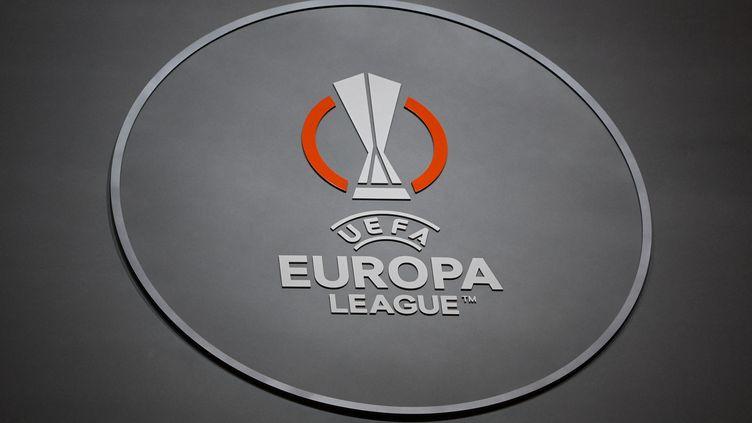 32 clubs s'affrontent pour succéder à Villarreal, sacré l'an dernier. (OZAN KOSE / AFP)