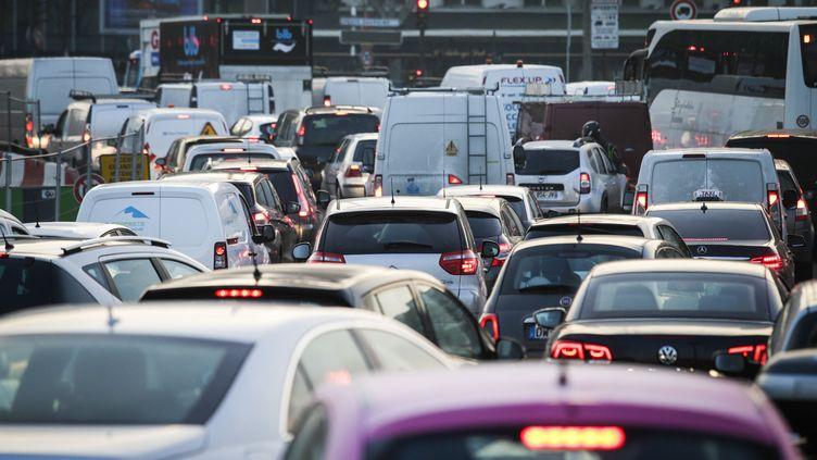 La circulation différenciée a de nouveau été mise en place en région parisienne(illustration). (GEOFFROY VAN DER HASSELT / AFP)