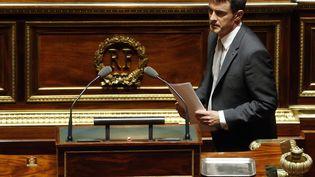 Manuel Valls s'apprête à s'exprimer devant le Sénat, le 28 octobre 2014. (FRANCOIS GUILLOT / AFP)