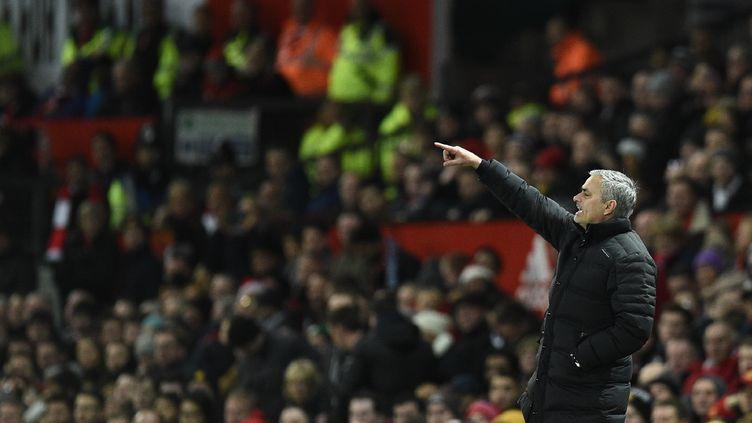 Le bail de José Mourinho court actuellement jusqu'en 2019 (OLI SCARFF / AFP)
