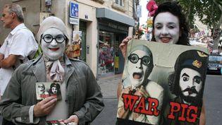 Tractage dans les rues d'Avignon  (Sophie Jouve)