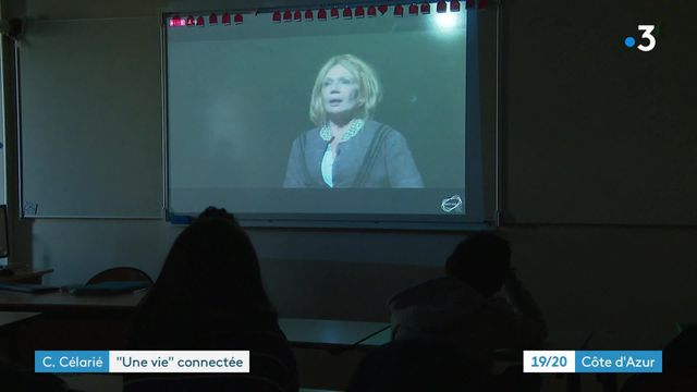 """Clémentine Célarié : """"Une vie"""" connectée"""