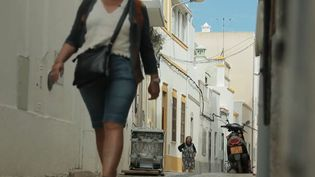 Les rues d'une ville de la région d'Algrave, au sud du Portugal. (FRANCE 2)