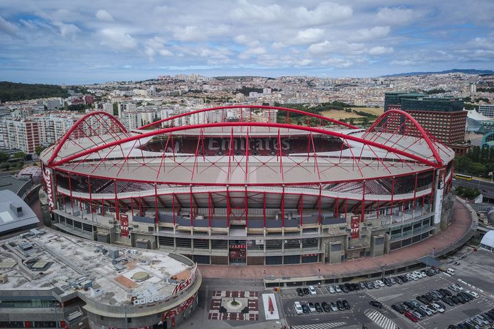 L'Estadio da Luz à Lisbonne accueillera la finale de la Ligue des champions 2020 (MARIO CRUZ / EPA/LUSA)