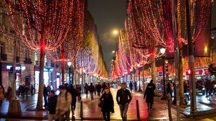 Image d'illustration. L'avenue de Champs-Elysées le 26 novembre 2018. (BRUNO LEVESQUE / MAXPPP)