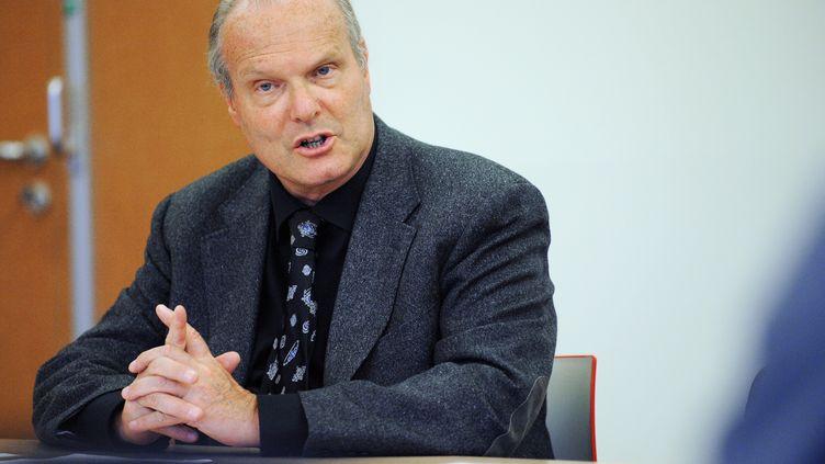 Israël Nisand, professeur de gynécologie-obstétrique, à Strasbourg (Bas-Rhin), le4 octobre 2010. (FREDERICK FLORIN / AFP)