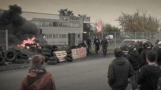 Les salariés de la société Mecalfi àChâtellerault(Vienne)bloquent le site de l'entreprise. (CAPTURE ECRAN FRANCE 2)