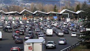 La barrière de péage de Chignin, en Savoie, le 10 février 2018. (JEAN-PIERRE CLATOT / AFP)