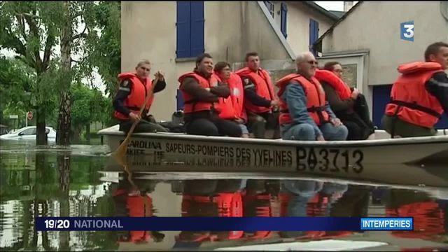 Yvelines : les pompiers sont à pied d'oeuvre