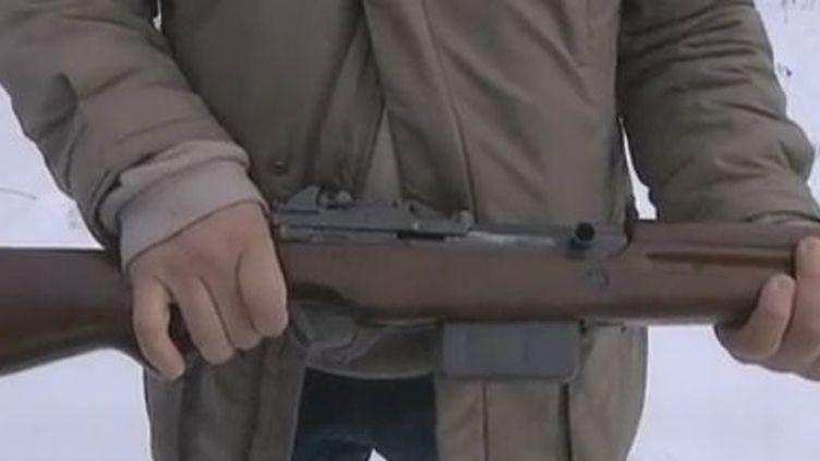 Arme à feu de gros calibre près d'Orléans - février 2012 (France 3)