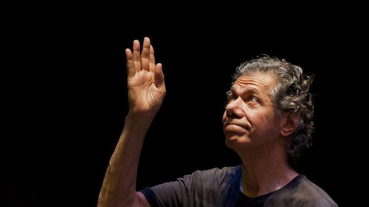 Le jazzman Chick Corea lors d'un concertau festivalAjazzgole 13 septembre 2014 à Cali, en Colombie. (LUIS ROBAYO / AFP)