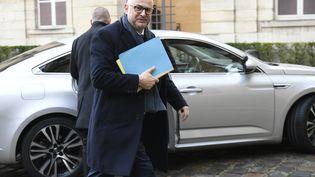 Le secrétaire d'Etat à la réforme des retraites Laurent Pietraszewski arrive au ministère du Travail pour une réunion avec les syndicats, le 7 janvier 2020. (LIONEL BONAVENTURE / AFP)
