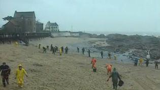Il y a 20 ans, en 1999, le pétrolier Erika faisait naufrage au large de la Bretagne. (France 2)