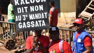 Manifestation contre le 3e mandat d'Alpha Condé à Conakry, le 26 novembre 2019. (CELLOU BINANI / AFP)