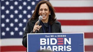 Kamala Harris lors d'un meeting de campagne à Détroit, dans le Michigan (Etats-Unis), le 25 octobre 2020. (JEFF KOWALSKY / AFP)
