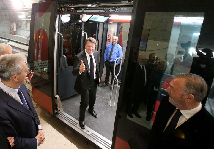 Christian Estrosi, le maire de Nice (Alpes-Maritimes), inaugure une station de la ligne 2 du tramway, le 21 mars 2019. (MAXPPP)