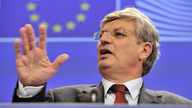 Tonio Borg, le commissaire européen à la Santé, le 6 novembre 2013. (GEORGES GOBET / AFP)