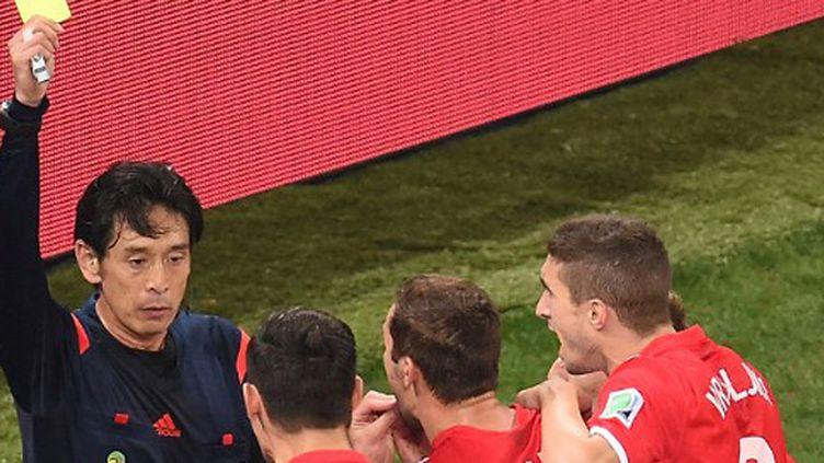 Yuichi Nishimura, objet de la colère des Croates lors du match d'ouverture contre le Brésil