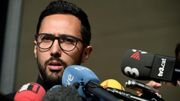 Le rappeur Valtonyc lors d'une conférence de presse à Gand (Belgique), le 17 septembre 2018. (JOHN THYS / AFP)