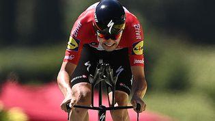 Le rouleurKasper Asgreen (Deceuninck-Quick-Step) sur le chrono de la 20e étape, le 17 juillet 2021. (ANNE-CHRISTINE POUJOULAT / AFP)