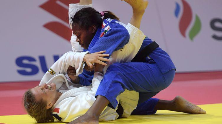 La Française Clarisse Agbegnenou sacrée championne du monde de judo -63kg. (ATTILA KISBENEDEK / AFP)