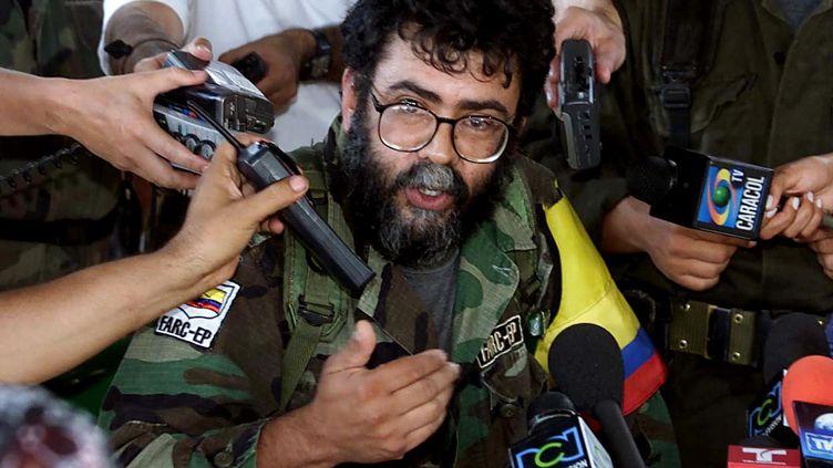 Le chef des Forces armées révolutionnaires de Colombie, Alfonso Cano, le 2 février 2011 à Saint-Vincent, en Colombie. (LUIS ACOSTA / AFP)