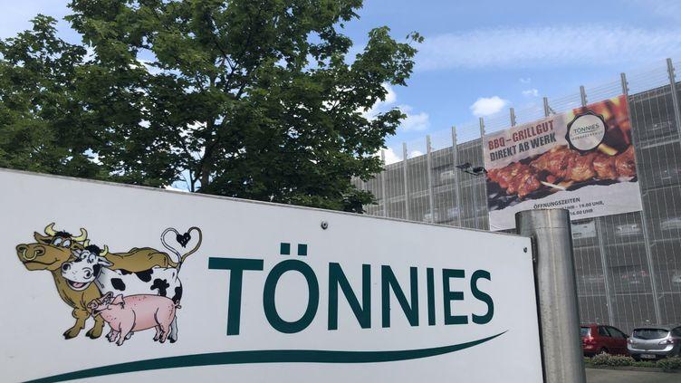 L'abattoir del'entreprise Tönnies sur la commune de Rheda-Wiedenbrück dans lequel730 salariés ont été testés positifs au Covid-19 (Ludovic Piedtenu / RADIO FRANCE)