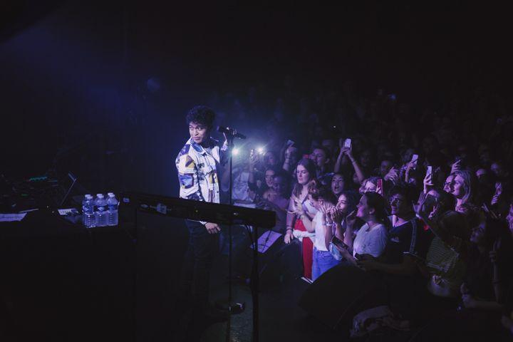 Tsew the Kid lors d'un concert à la Maroquinerie, en octobre 2019. (LISA MIQUET / PANENKAMUSIC)