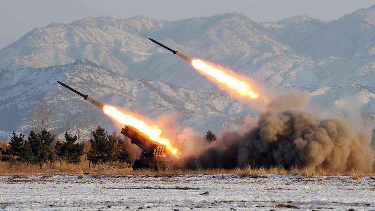 Tir de missile en Corée du Nord non daté, dont la photo a été diffusée par Pyongyang le 5 janvier 2009. (KCNA / KNS / AFP)