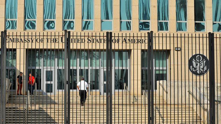 L'ambassade américaine à La Havane à Cuba (illustration) (YAMIL LAGE / AFP)